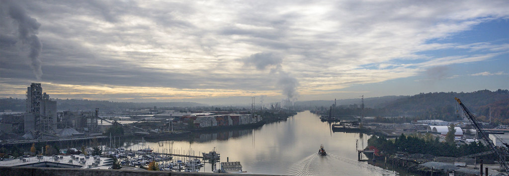View of the Duwamish River from the West Seattle bridge.