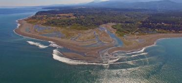 The mouth of the Elwha River along the Strait of Juan de Fuca in 2016. Photo by Dave Parks and CWI (with permission). All rights reserved.