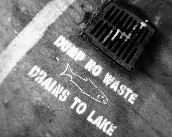 Dump no waste. Drains to lake. Photo: Steve Mohundro (CC BY-NC-SA 2.0) https://www.flickr.com/photos/smohundro/3836007632