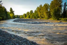 The Puyallup River outside Orting, WA. Photo: Lindley Ashline (CC BY-NC-ND 2.0) https://www.flickr.com/photos/91625873@N04/22035924720